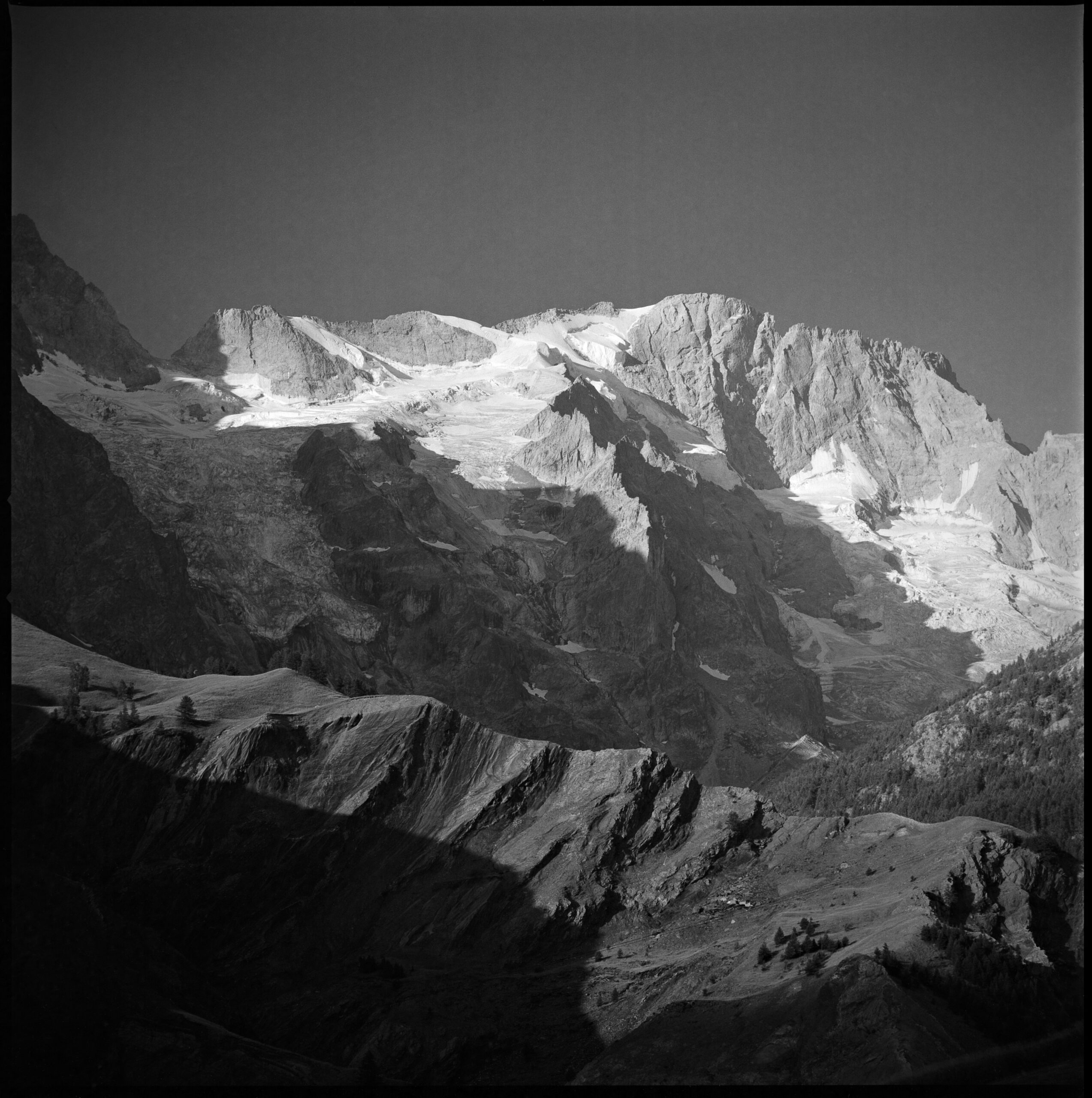 F_10_French_Alps_001_clean_5000px_Q90
